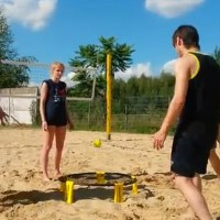 Spikeball / www.netradicnisporty.cz