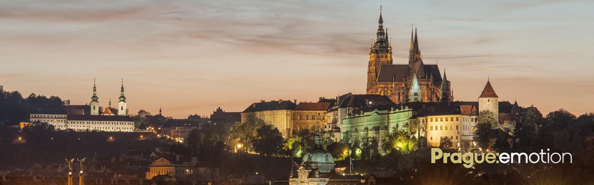 Frauen in Prag abholen