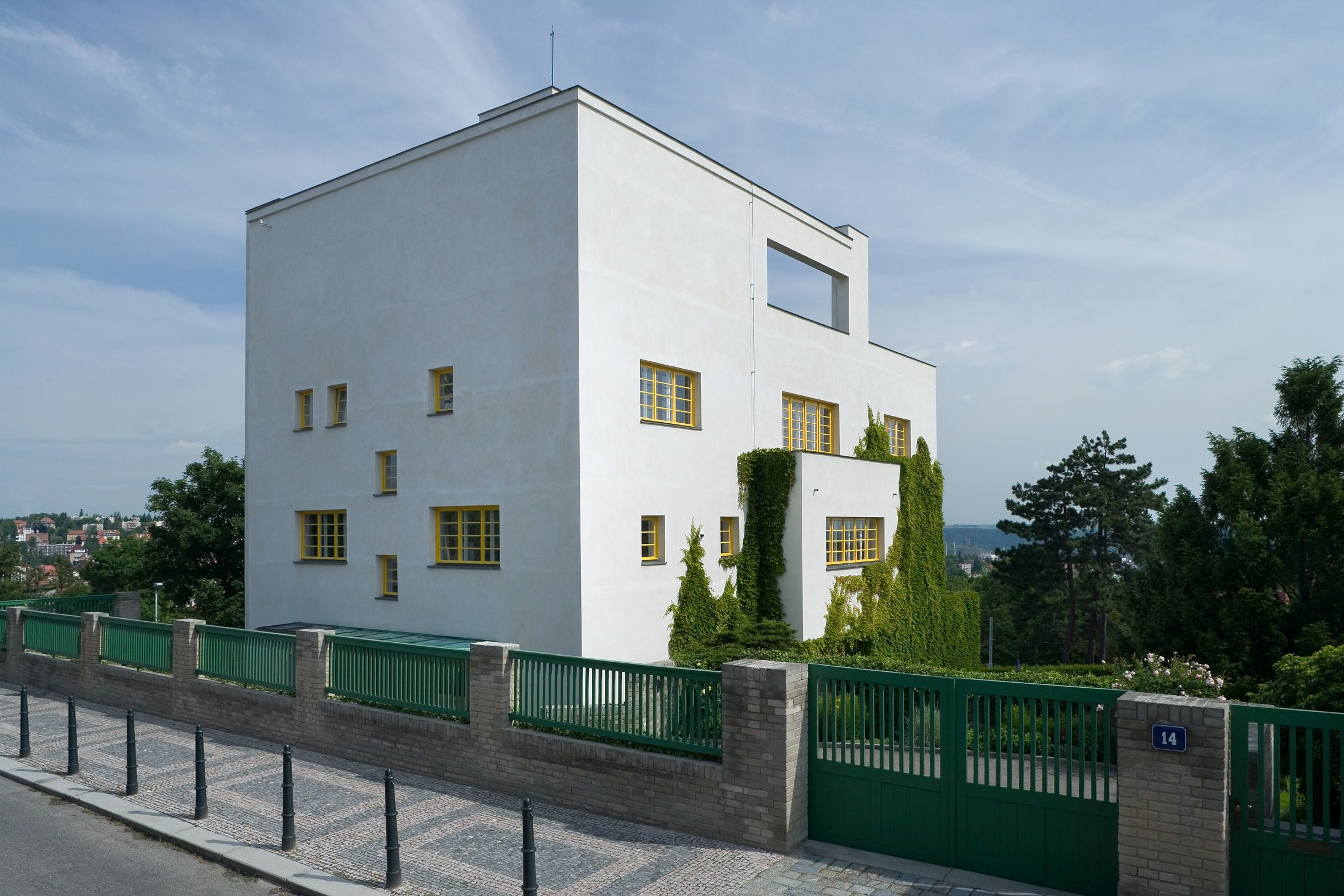 the life and modern views on architecture by adolf loos Adolf loos was an architect and a theorist of modern architecture of the 19th centuryhe is known by his point of view about ornament he defends there.