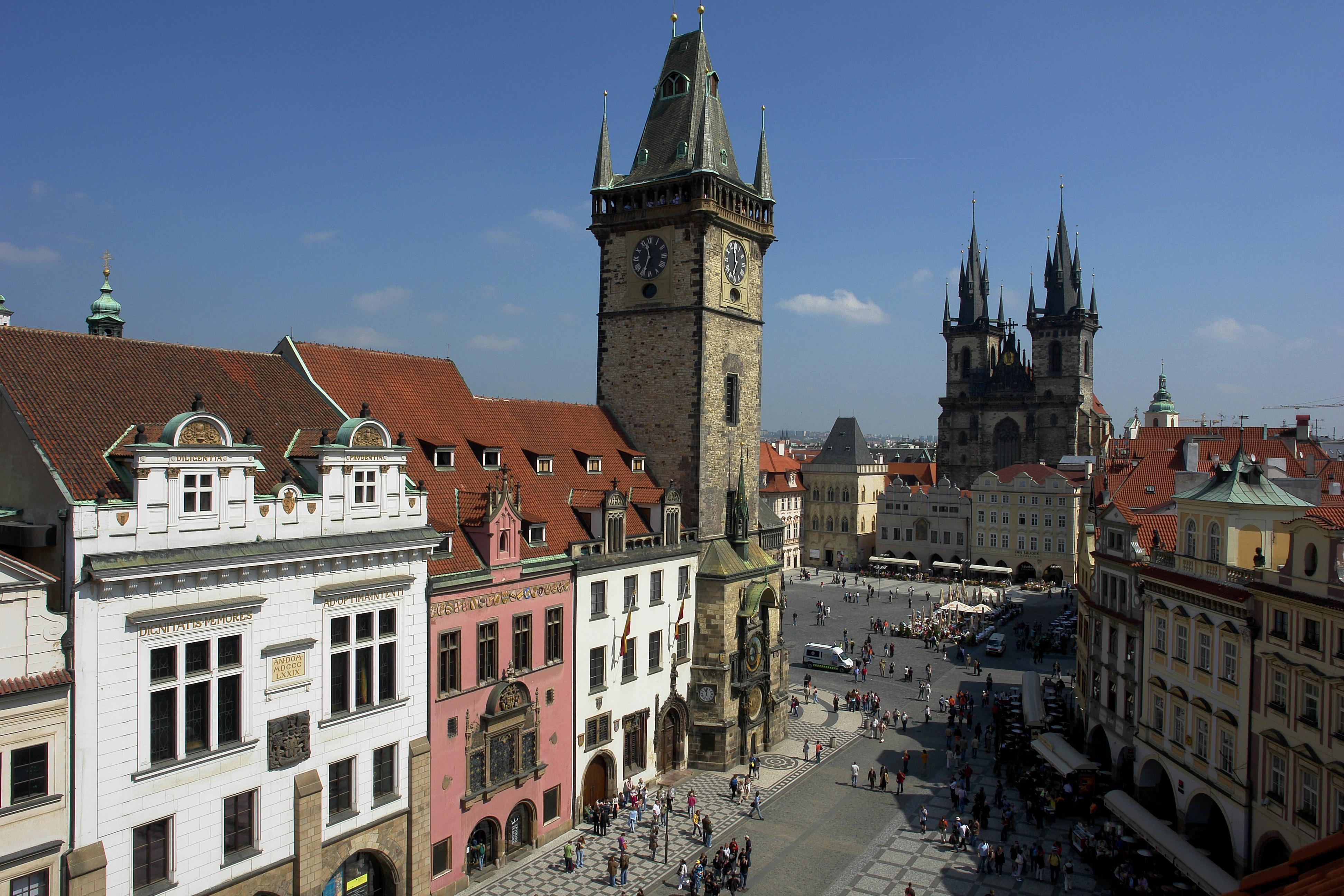 Prague Place De La Vieille Ville Eglise
