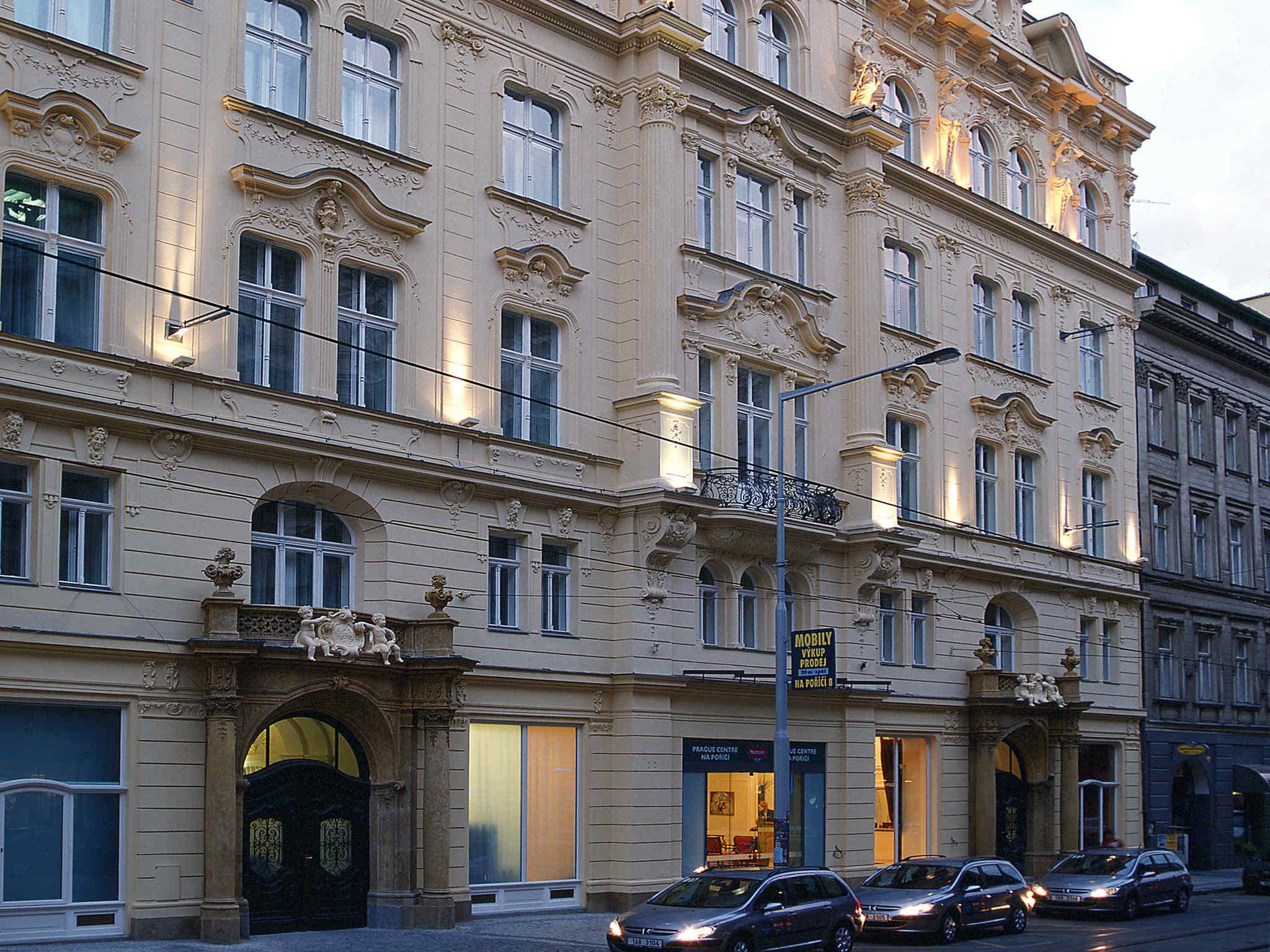 Century old town prague hotel for Designhotel elephant praha 1 tschechische republik
