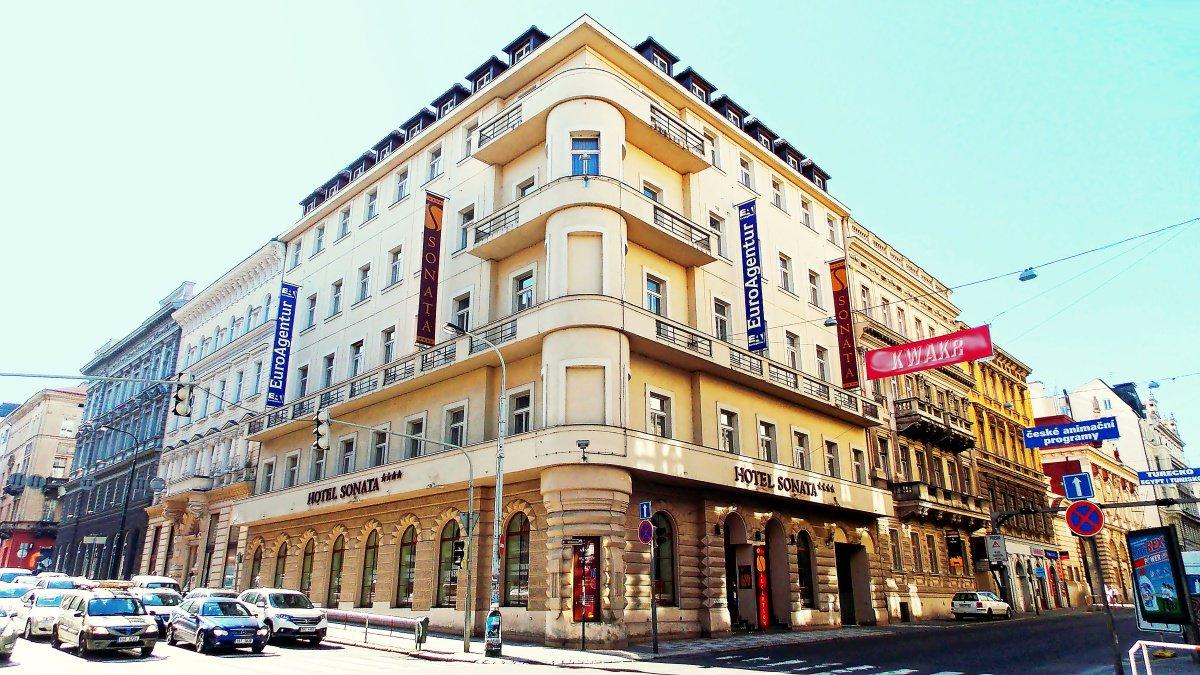 Ea hotel sonata for Prague accommodation